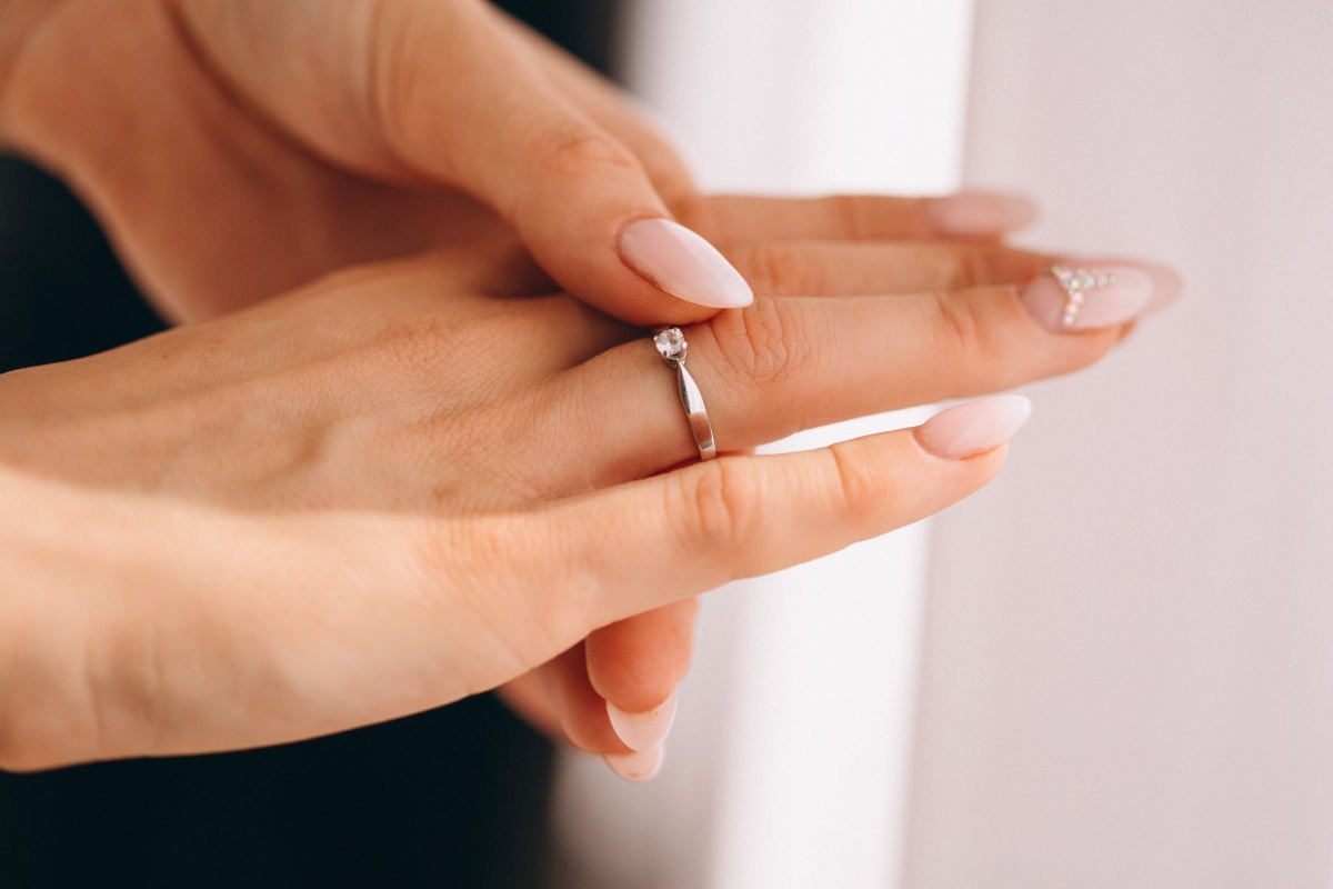 การสวมแหวน - ถูกหวย ทุกหวย รวยไปกับเรา หวยออนไลน์ ถูกหวย https://tookhuay.com/